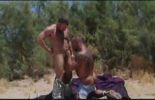 Weibliches uralte weiber nackt Tier mit Mann rot