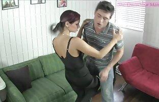 Schwarze Frau mit einem T-Shirt, lecken, Mann ' geile oma sex videos s Spitze und nahm ihn ihn in die Küche schicken