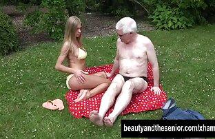 Masturbieren pussy mit einer sex-Maschine nach altefrauenbeimsex einer Trennung mit Ihrer Freundin