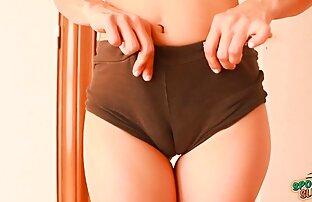 Heiße Schokolade Mädchen sexkontakte reife frauen von zwei Schwänzen