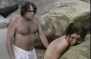 Der Kerl lässt einen reife frauen nackt videos Freund mit ihrem Liebhaber kommen